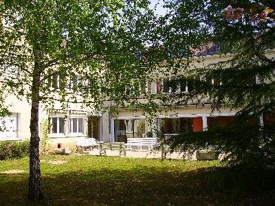 Jardins et bâtiments du CFMI de Tours